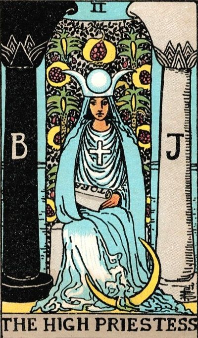 the high priestess tarot card